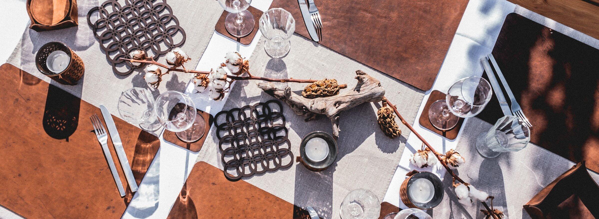 Tisch decken Wunschleder HOME
