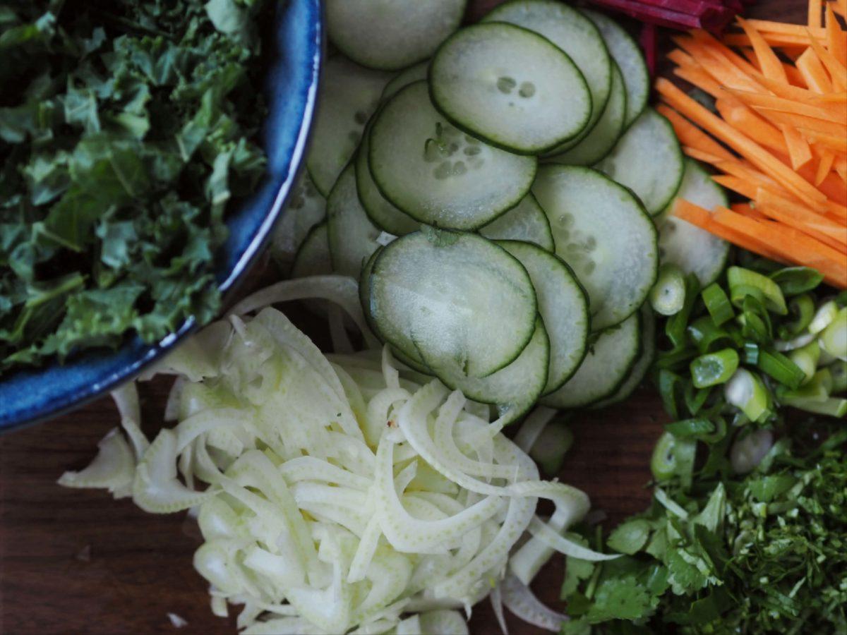 Grünkohl  Gurke  Karotten  Fenchel