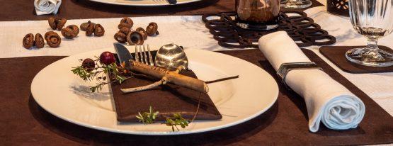 Herbstliche Tischdekoration mit Naturmaterialien, Wunschleder HOME