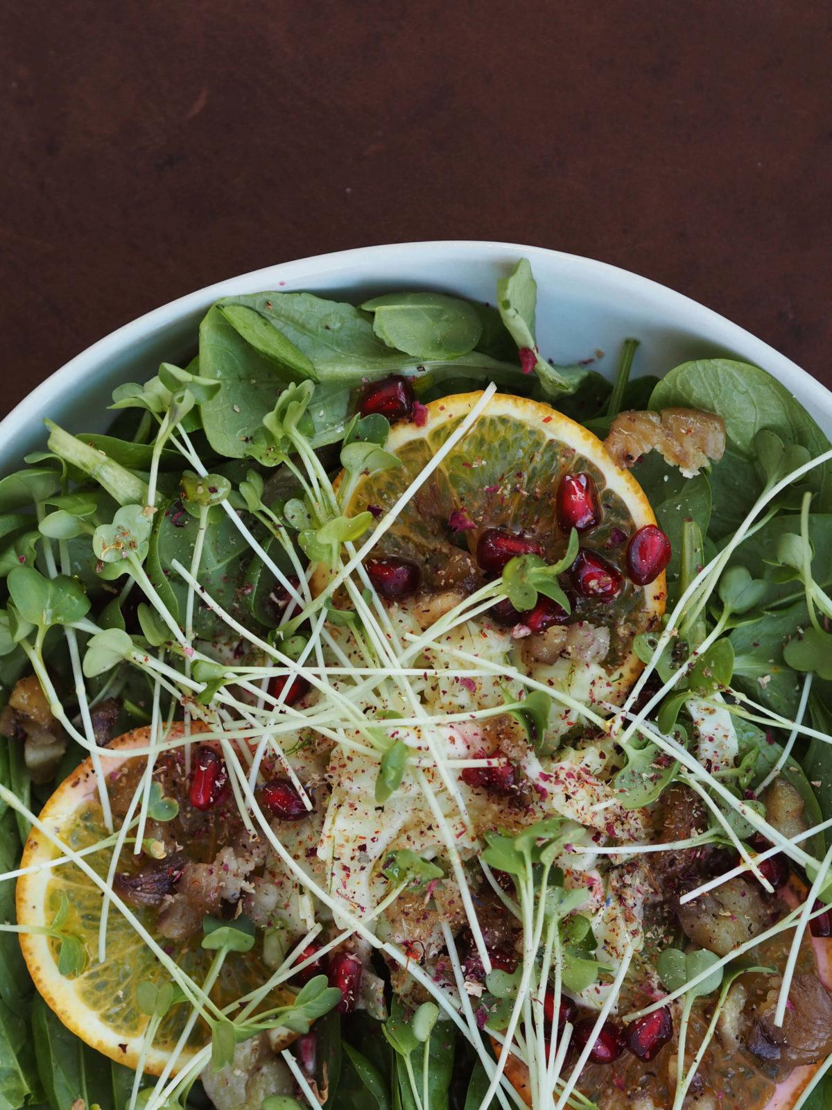 Weihnachtlicher Salat |Dattel-Senf Vinaigrette