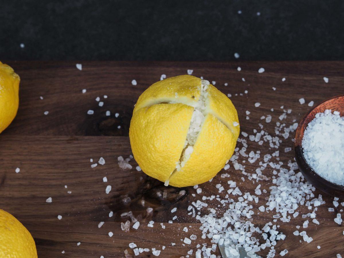 Zitronen schneiden | Meersalz